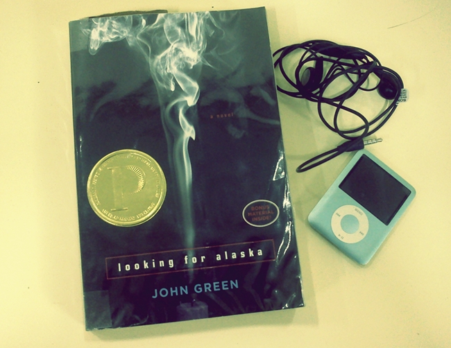 book and ipod